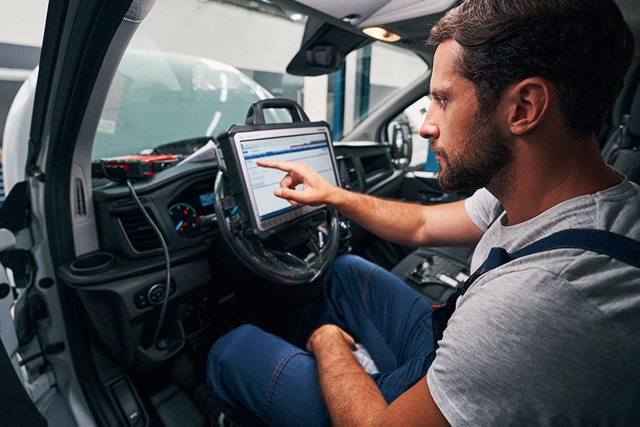 Las 5 funciones principales del escáner automotriz