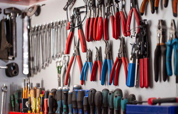 Las herramientas esenciales para tu taller mecánico